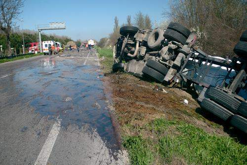 Madisonville Tractor Trailer Accident Lawyer