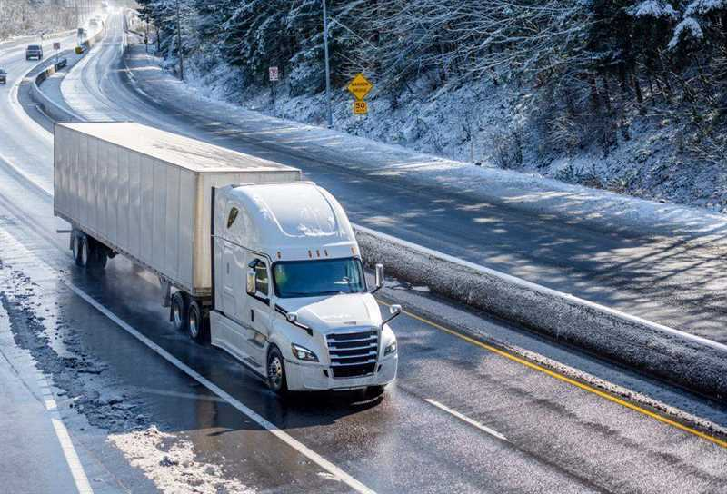 Bacliff Tractor-Trailer Accident Lawyer