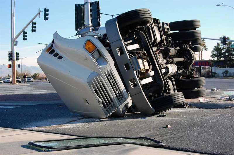 Dallas 18-Wheeler and Semi-Truck Accident Lawyer